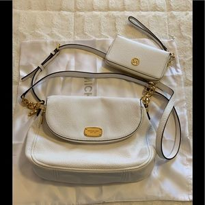 Authentic Micheal kors handbag& matching wristlet
